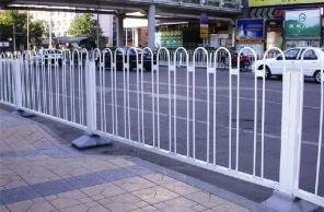 护栏网作为防护产品备受青睐的原因